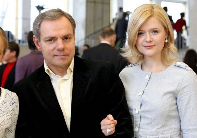 Александр Мохов с женой