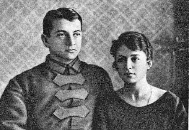 Тухачевский с женой