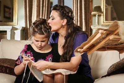 Анастасия Мельникова с дочерью