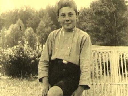 детская фотография Василия Сталина