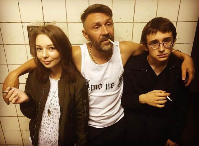 Сергей Шнуров с детьми