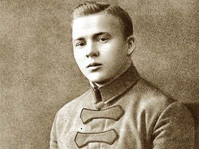 Аркадий Гайдар: краткая биография, фото и видео, личная жизнь: http://stories-of-success.ru/arkadiya-gaidara