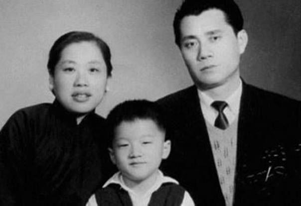 История детства джеки чана игры губка боб царь