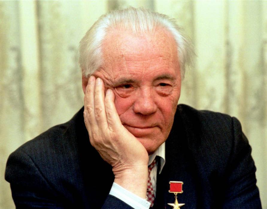 http://stories-of-success.ru/files/v-astafev-2.jpg